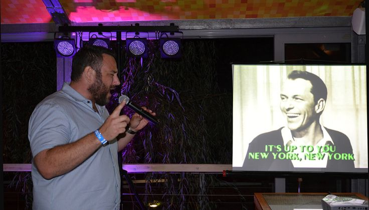 karaoke-party-zlute-lazne-foto-jana-kuzelova-dj-jirka-brezina
