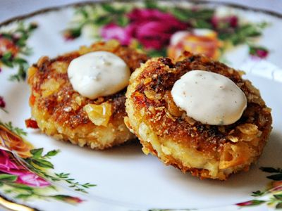 about Mini Crab Cakes on Pinterest | Crab cakes, Baked crab cakes ...