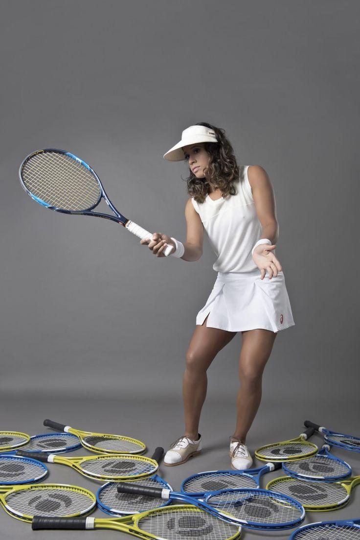 A Tenista Teliana Pereira para a Revista IstoÉ2016 Produção de moda e Styling por Hellen Albuquerque Fotografia: Mel Gabardo