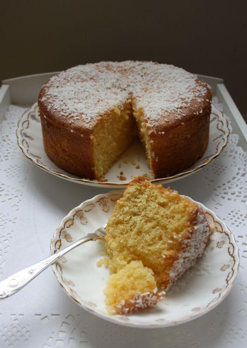 Revani   A light sponge cake (Greek)   www.mariadernikos.com