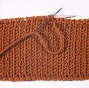 Italian Bind Off Tutorial - Stretchy, great for necklines and anywhere you need elasticity.