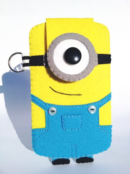 Minion Felt iPhone 5 case by rabbitrampage on Etsy, $25.00    Adorbs!!!