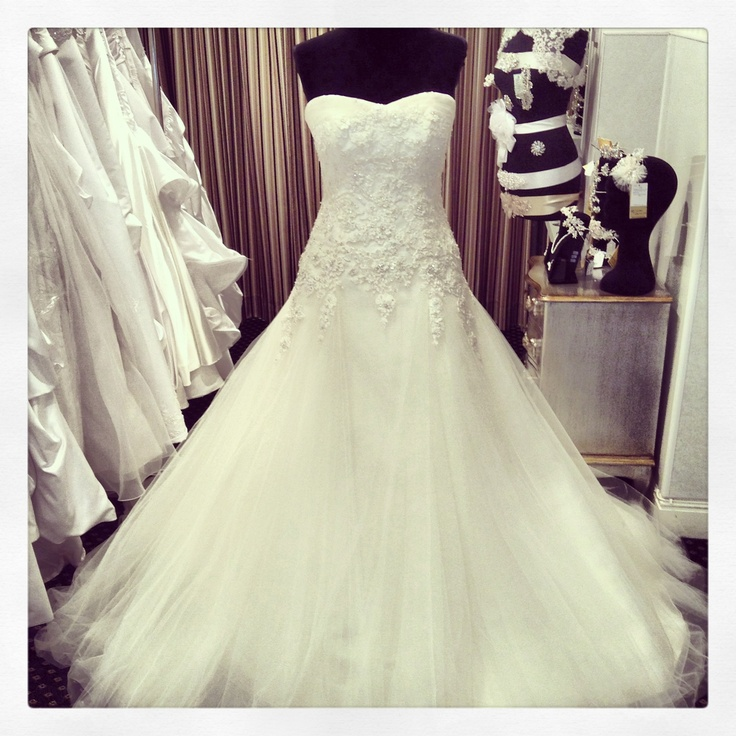 Cheap Wedding Gown Rental Singapore: Wedding Inspiration