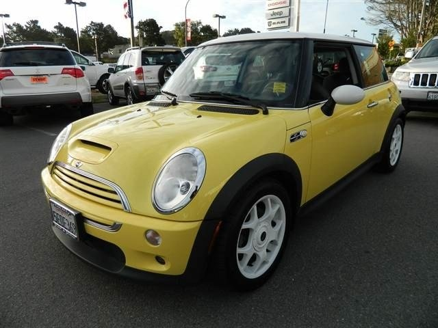 1000 ideas about mini cars for sale on pinterest new mini cooper vehicles for sale and mini. Black Bedroom Furniture Sets. Home Design Ideas
