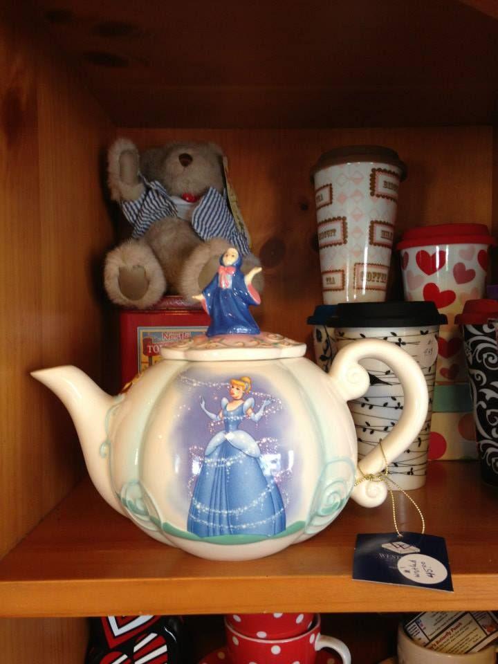 61 migliori immagini ceramiche preziose su pinterest set Cinderella afternoon tea