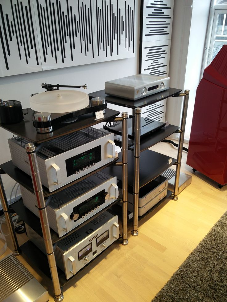 A beautiful set up in Copenaghen last week: our AEON 2.0 with @audioresearch and @wilson.audio. A special thanks to our partner @highperformanceaudio. #bassocontinuo #aeon2 #carbonfiber #madeinitaly #thebestornothing #audiophile #carbonrack #music #audioresearch #wilsonaudio #vinyl #turntable #audiorack #italiansdoitbetter #enjoy #musiclovers #luxury #design