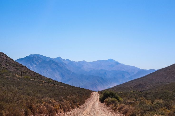 While we were planning our ultimate road trip, I just knew that we had to visit Oudtshoorn and Die Hel (this is Afrikaans for The Hell). In fact our entire trip was kind of planned around The Hell…