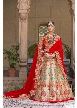 lehenga: pallu couleur or: soie, lehenga: Banarasi saree, - 339,00 €, #Tenueindienne #Robebollywood #Robeindienne #Shopkund