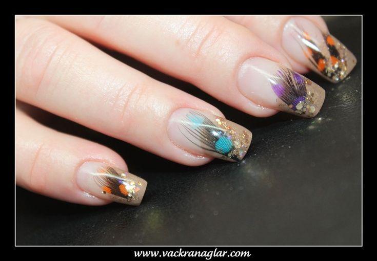 Färg gele - Vackra naglar för dig. Fast kanske med andra färger, påsk gult grönt lime etc...