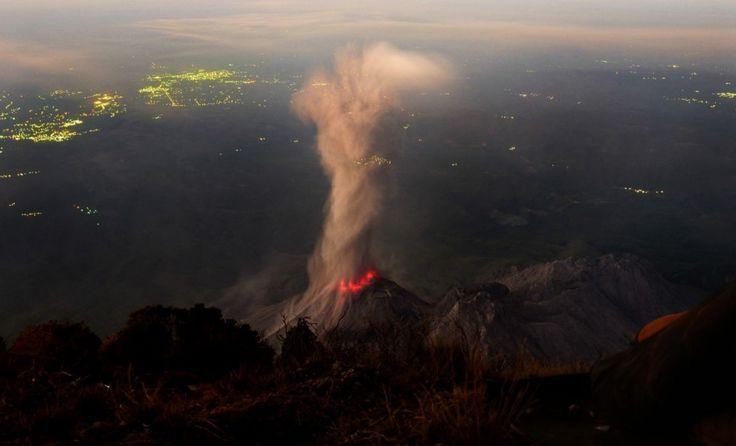 ФотоТелеграф » Вулканическая активность в 2012 году