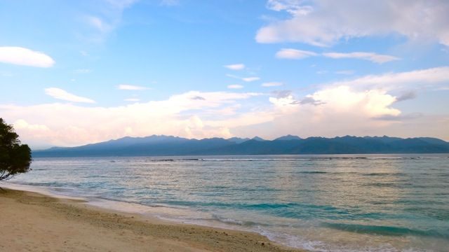 The view over to Lombok from Gili Trawangan.