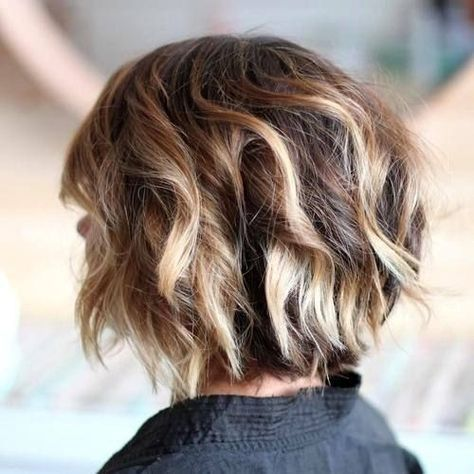 Messy, Curly Short Bob Haircut - Balayage Hairstyles for Thick Hair -Choppy chin-length bob with blonde highlights