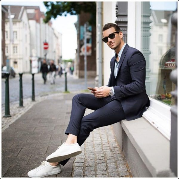 The special phenomena of capri pants are giving the stunning look which makes you stylish and different in the eyes of people.