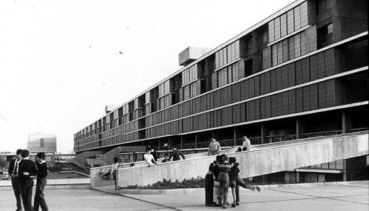 Clásicos de Arquitectura: Unidad Vecinal Portales / B.V.C.H (11)