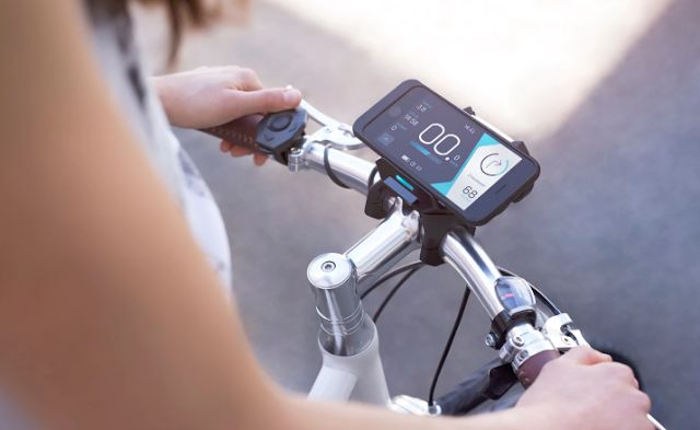 COBI - Turns any bike into a smart bike + charges your phone