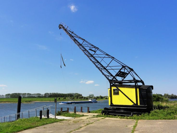 Crane near brick factory Bosscherwaarden.