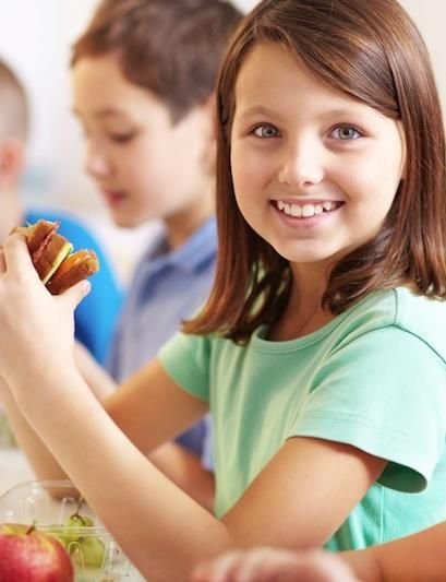 5 Reasons You Should Pack Your Kids Lunch This School Year!
