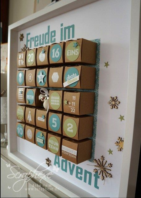 #Adventskalender mit viel Liebe  #selbstgemacht aus kleinen Kartongs verschieden gestaltet, besonders die Zahlen auf den Türchen!