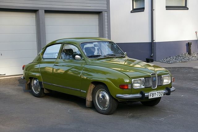 Saab 96 V4 1973 - Saw Stig Blomquist in the RAC Rally in one of these in the early 70's!