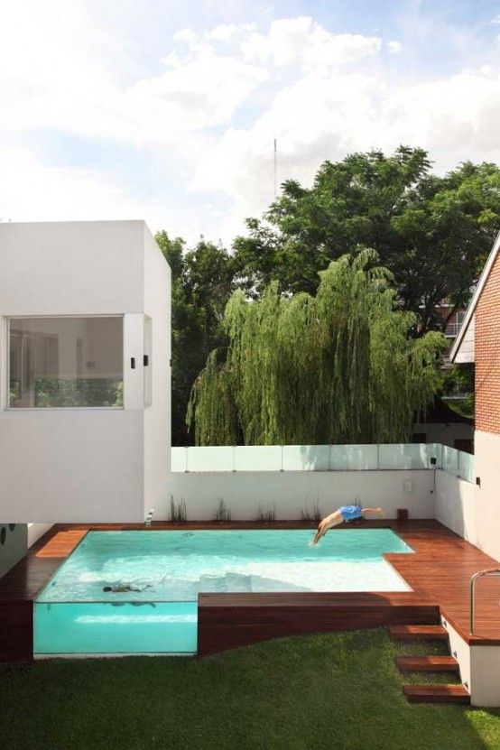 House with Fantastic Elevated #Swimming Pool – Devoto House by Andres Remy | DigsDigs