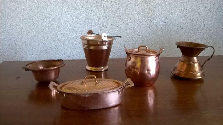 Miniature, pentole secchielli e vaso, in rame vintage di GMG1982 su Etsy
