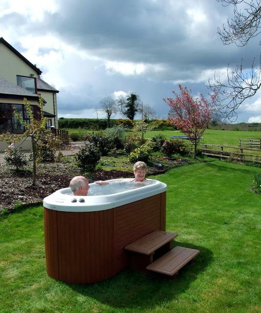 2 Person Hot Tub Jacuzzi outdoor, Hot tub patio, Small