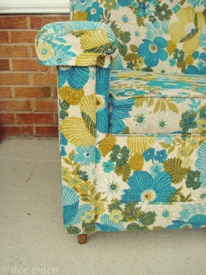 Vintage blue and yellow, by doecdoe