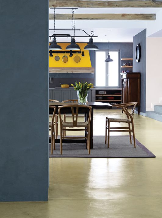 NOVEMBER 2012 COLOUR OF THE MONTH: Grey - Plascon Spaces
