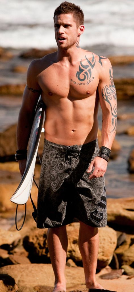 Dan Ewing....all this and an accent *swoon* lol