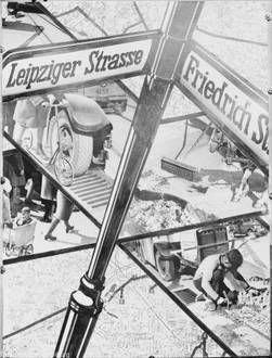 Berlin - Die Straße: Straßenmast Leipziger - Friedrich Straße (Maerz 1939)