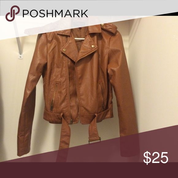 Fall Leather jacket Fashionable tan leather jacket for the fall 🍂 Jackets & Coats Utility Jackets
