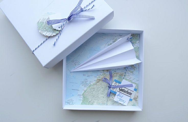 geldgeschenk reise gutschein flugreise landkarte products and oder
