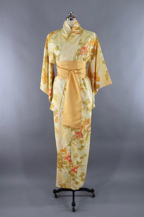 JAPANESE TRADITIONAL KIMONO Dress Yukata Vintage Clothing Geometrical Pattern Gray Brown White Pink Lining Quarter Sleeve Silk Long Robes