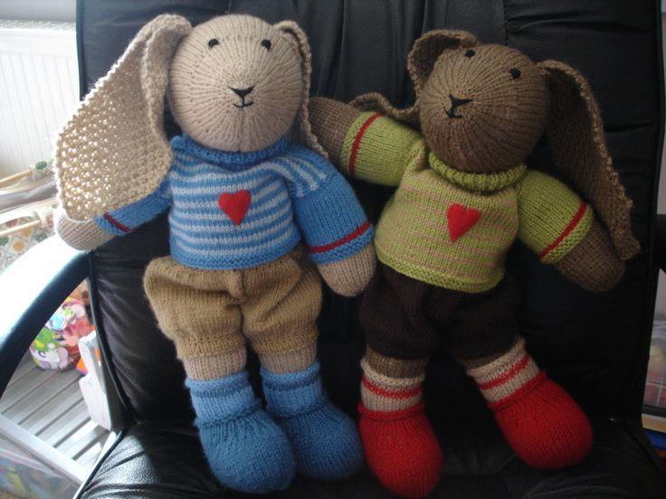 Knitted Bunnies Best Buddies