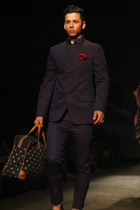 From Runway to Wardrobe: Wearable Indian Menswear http://wp.me/pYeKK-1fu