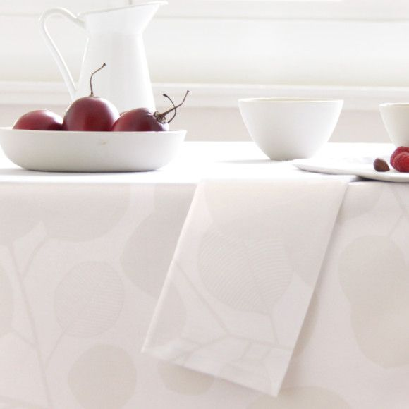 Set of 4 fabric napkins with neat mitred corners.