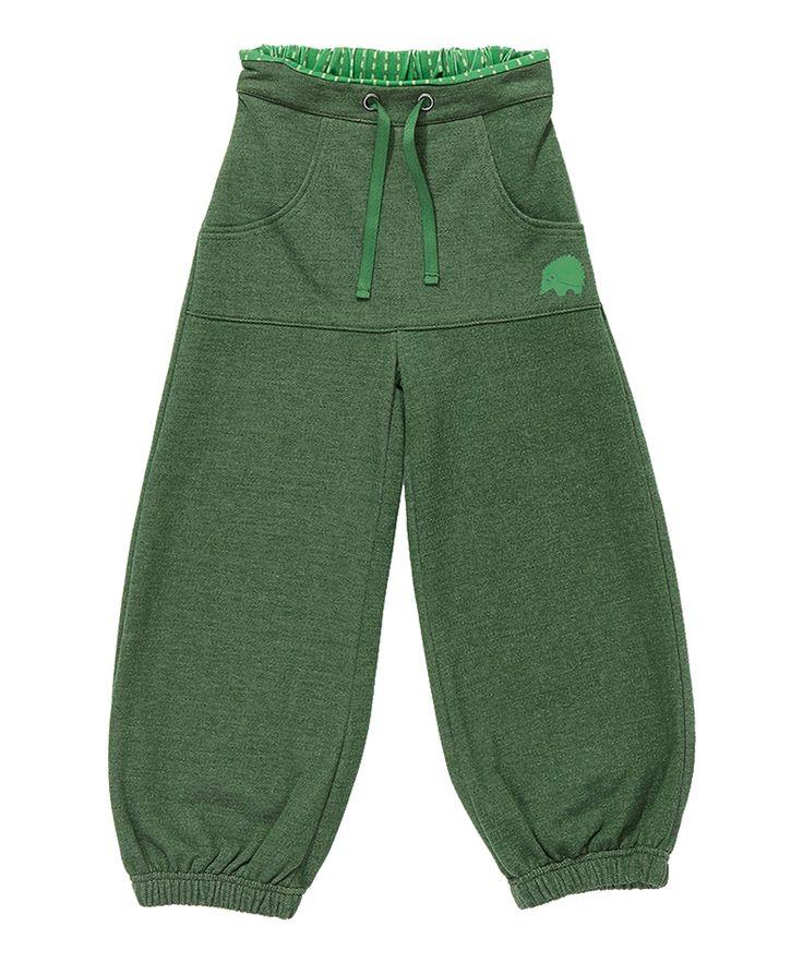 Albababy te gekke groene baggy broek. albababy.nl.emilea.be