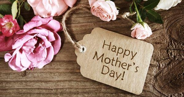 أجيب ايه لحماتي 8 هدايا غير تقليدية لحماتك في عيد الأم Mother Day Wishes Mothers Day Pictures Happy Mother S Day