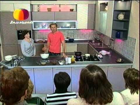 Торт с вареной сгущенкой и персиками - YouTube