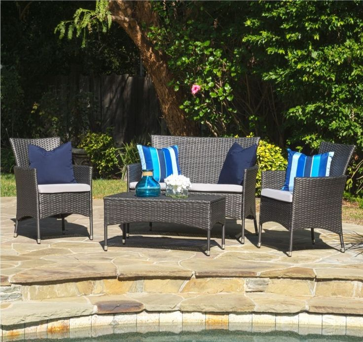Gray Wicker Outdoor Furniture Set with Cushions 4-piece, Patio Furniture    Comfortably seat all of your guests in the great outdoors with the 4-piece wicker outdoor furniture set. Ideal for parties or family gatherings, you'll always have the perfect place to relax outside.