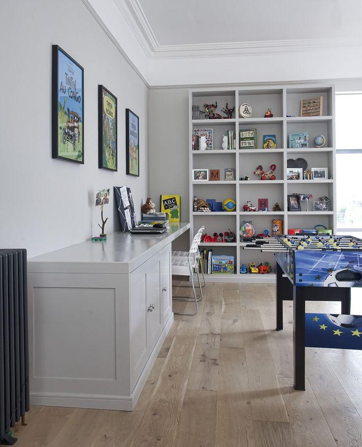 Newcastle Design are living room furniture & interior design experts, designing & supplying bespoke sitting room furniture in Dublin & throughout Ireland