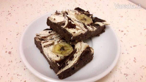 Tvarohovo-banánový koláčik plný proteínov (fotorecept)