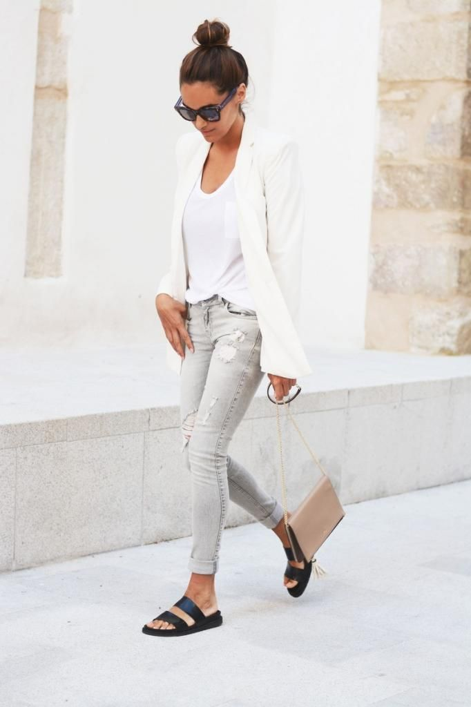 Casual Chic Neutrals: Top Knot, White Blazer, Nude Bag, Grey Jeans & Black Slide Sandals #fashion #style #blogger