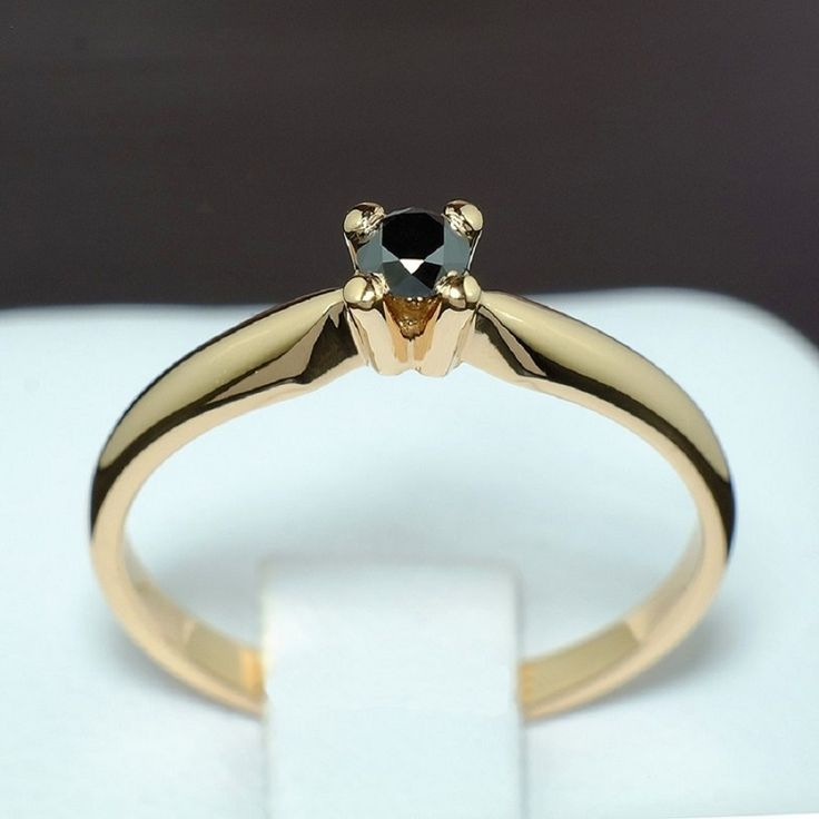 Inel din aur cu diamant model i004dn
