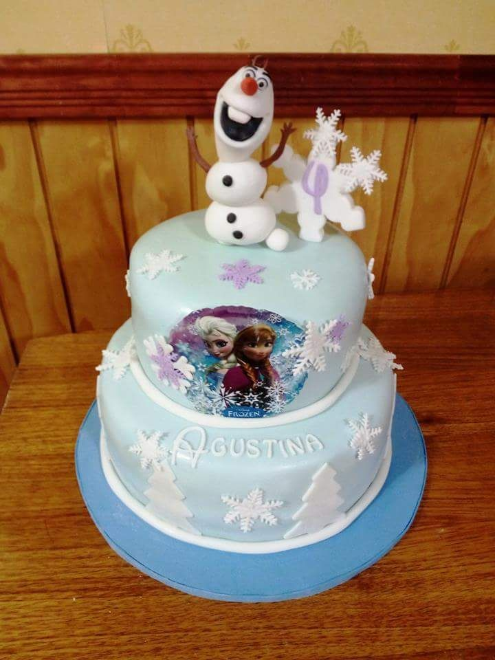 #Frozen #Olaf #fondant #cake by Volován Productos #instacake #puq #Chile #VolovanProductos #Cakes #Cakestagram #SweetCake