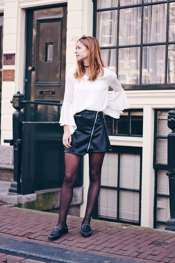 OUTFIT | Spring Vibes // Fashion blogger from Amsterdam wearing spring outfit, leather skirt, studded loafers, white top, fashion style, inspiration, look