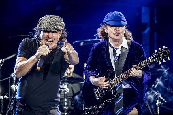 """En la """"autopista al infierno"""" con AC/DC (video y galería) - NotiCel™"""
