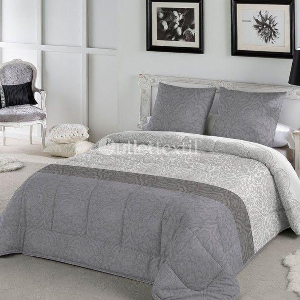 Edredón RAMBLA de la firma Fundeco.  La nueva colección de Fundeco trae elegantes estampados como es el caso de este edredón conforter, que combina cenefas de estilo damasco, disponibles en malva o en gris.