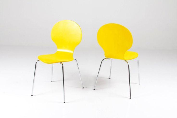 Jonathan skalstol - Gul spisebordsstol med formspændt sæde. Flot spisestuestol til køkkenet med god siddekomfort. Retro stol som du kan få i mange forskellige farver. Der skal minimum købes 4 stk.