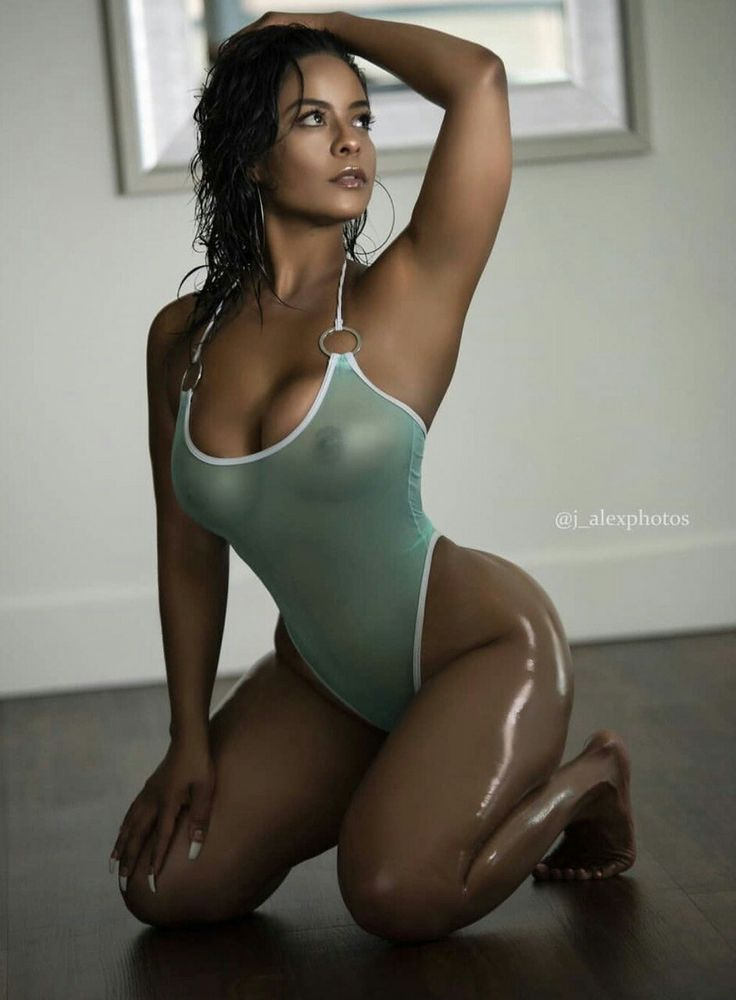 Ariana Shantel  Sexy female legs